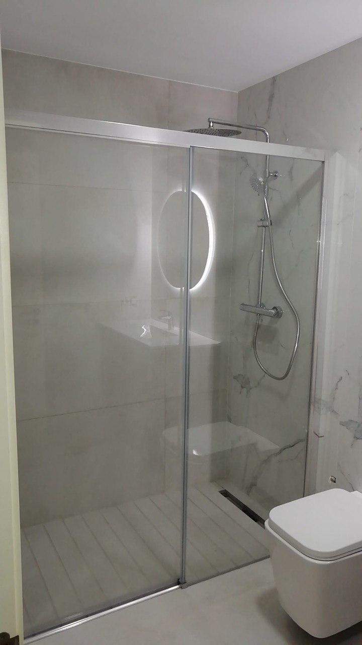 Ducha obra reforma baño pequeño